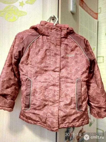 Осенняя куртка для девочки на 2-4 года