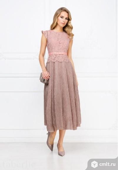 Вечернее платье с пышной юбкой 44-46 размер