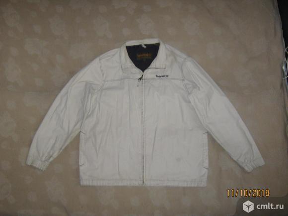 Светлая осенняя куртка из плащевки Timberland,. Фото 1.