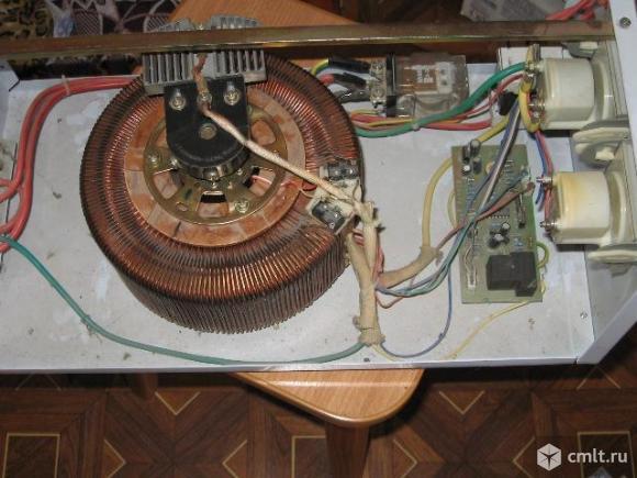 Продаю стабилизатор напряжения 5 кВт.