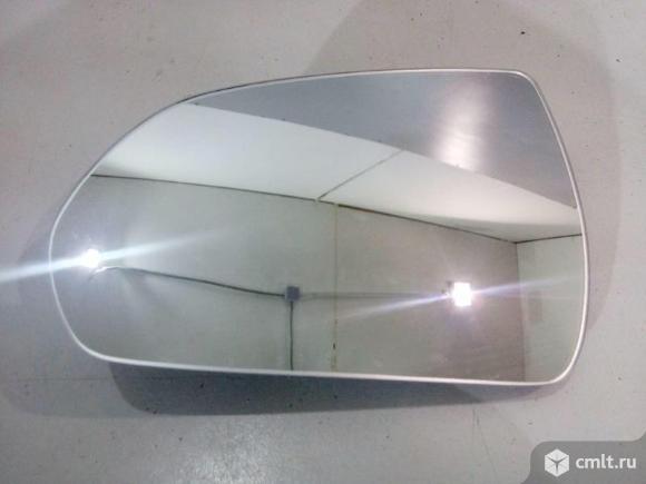 Зеркальный элемент зеркала левого с обогревом HYUNDAI SOLARIS 17- б/у 87611G3020 4*. Фото 1.