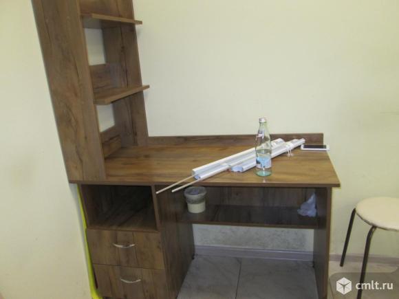 Продам письменный стол. Фото 1.
