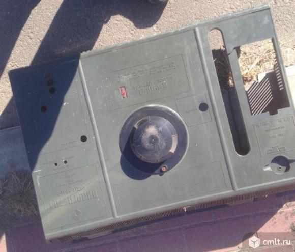 Телевизор кинескопный цв. Радуга 704