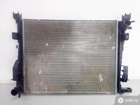 Радиатор охлаждения RENAULT LOGAN / SANDERO 14- / LADA XRAY 15- б/у  214106179R 3*. Фото 1.