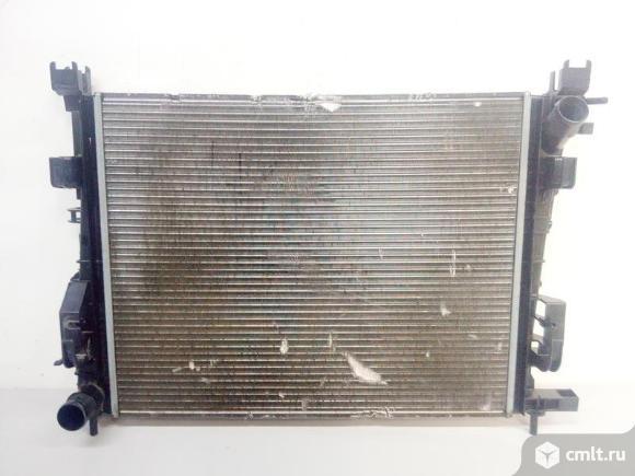 Радиатор охлаждения двигателя SANDERO / LOGAN 14- LADA XRAY 15- б/у 214106179R 3*. Фото 1.