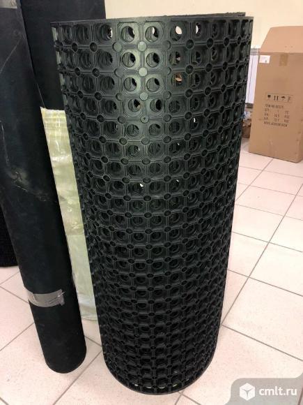 Резиновый ячеистый коврик