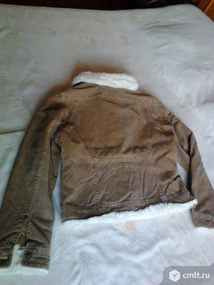 Куртка вельветовая женская, р. 46-48, отличное состояние. Фото 2.