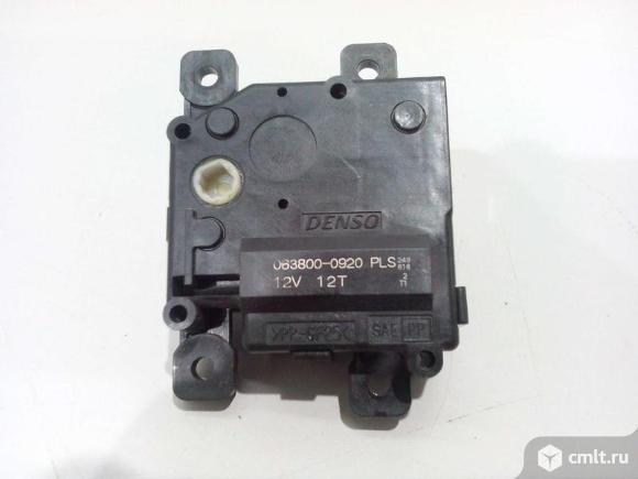 Моторчик привода заслонок  TOYOTA LAND CRUISER 08-15 б/у 8710660210 0638000920 8703060080 4.5*. Фото 1.