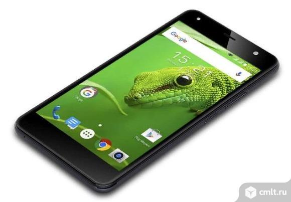 """Как новый, 4G, LTE 5"""" Смартфон Fly FS517 Cirrus 11 8 ГБ черный. Фото 1."""