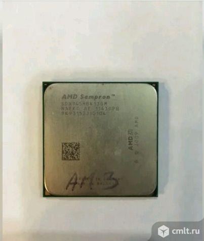 Процессор AM3 Sempron 145 2.8GHz. Фото 1.
