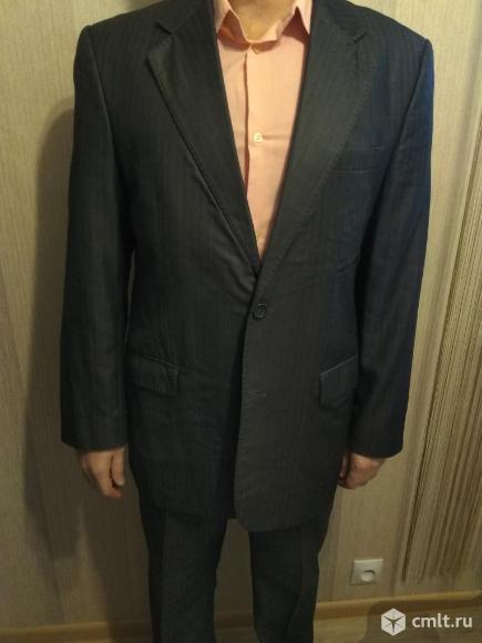 Мужские вещи: костюм, джинсы, рубашка, брюки.. Фото 1.