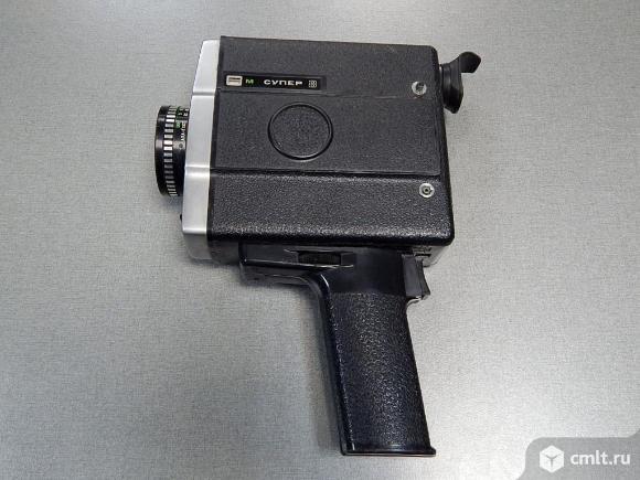 Кинокамера Аврора 217. Фото 1.