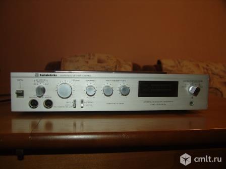 Усилитель Радиотехника. Фото 1.