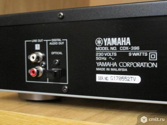 CD проигрыватель Yamaha CDX-396. Фото 6.