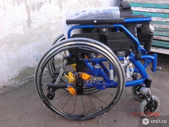 Кресло-коляска Ortonica Delux 530. Фото 1.
