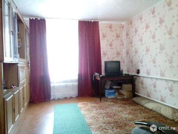Добротный дом 70 кв.м. обложенный кирпичом с потолками 2,7 м.. Фото 1.