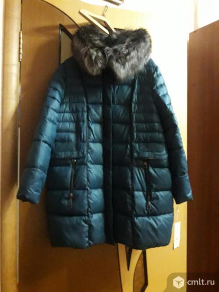 Продается зимняя куртка новая размер 60.