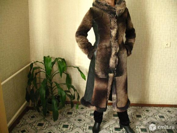 Шуба мутоновая, с натуральной кожей, размер 44-46. Фото 1.