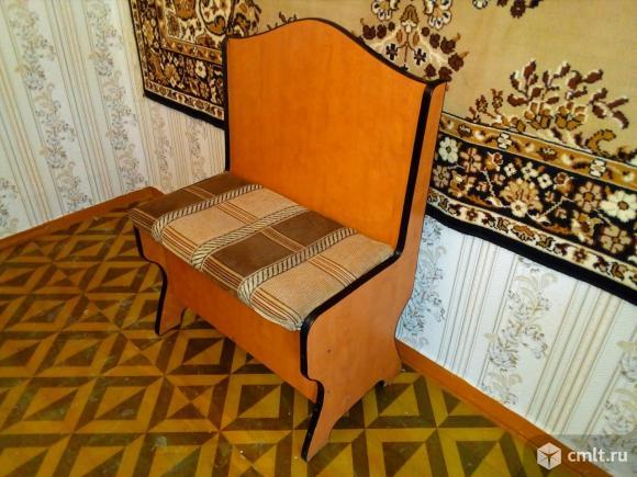 Стул-сиденье для прихожей или кухни. Фото 1.