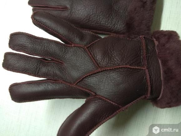 Кожаные темно-вишневые перчатки. Фото 4.