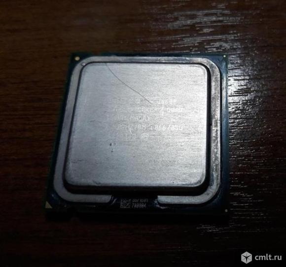 Центральные процессоры Socket LGA775. Фото 4.