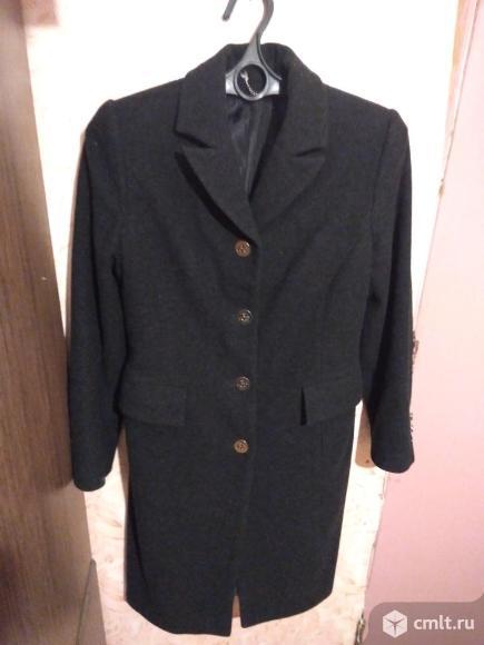 Пальто 46-48 шерсть 100%