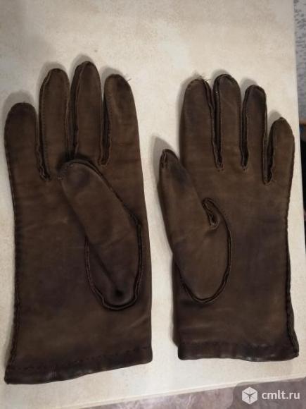 Перчатки из натуральной кожи коричневые утепленные. Фото 2.
