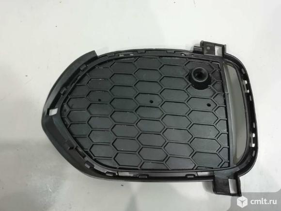 Решетка бампера левая BMW X5 F15 13-16 м-пакет б/у 51118064633 51118053883 4*. Фото 1.