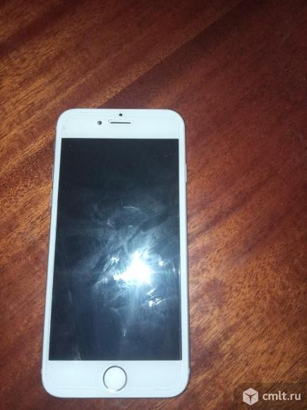 Смартфон IPhone 6. Фото 2.