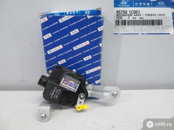Привод электрический замка багажной двери HYUNDAI GETZ 05-. Фото 1.