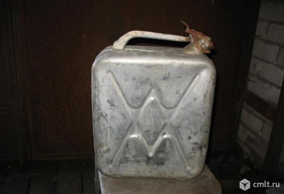 Канистра алюминиевая 20 литров бу. Фото 5.