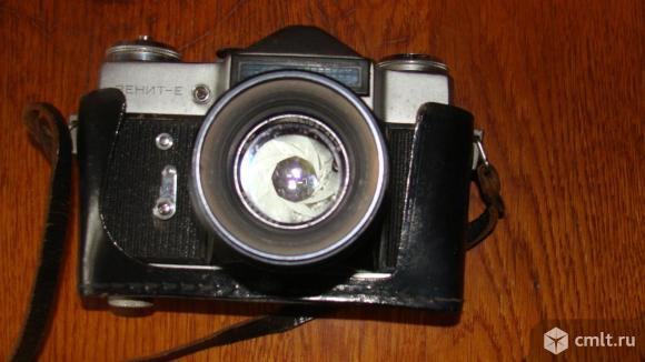 Фотоаппарат пленочный Зенит-Е. Фото 1.