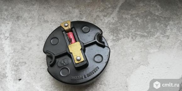 Продается бегунок распределителя зажигания ВАЗ 2101-07. Фото 1.