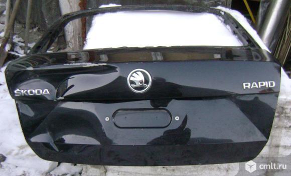 Крышка(дверь) багажника Skoda rapid. Фото 1.
