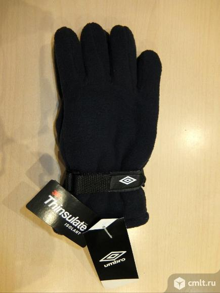 Перчатки UMBRO FLEECE GLOVES. Фото 1.