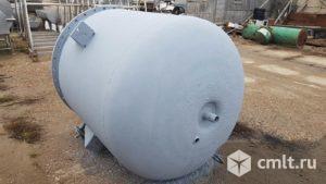 Реактор нержавеющий, объем — 2 куб.м., с паровой рубашкой, без мотор редуктора и якоря. Фото 1.