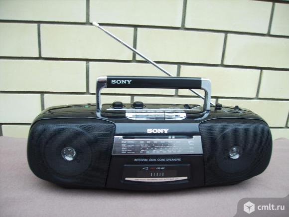 Магнитола Sony. Фото 1.