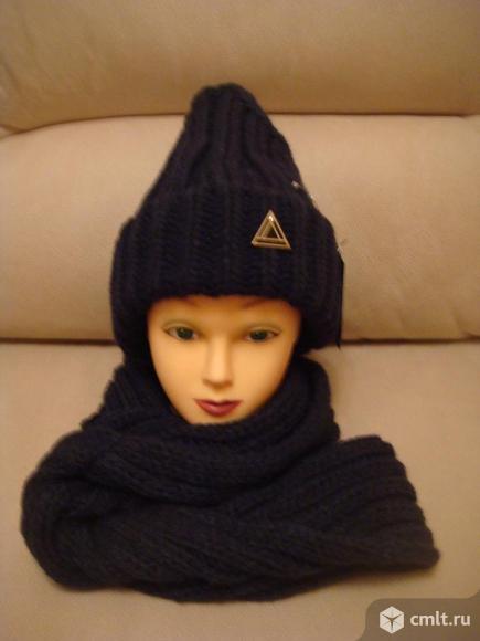 Шапка с шарфом (новая ). Фото 1.