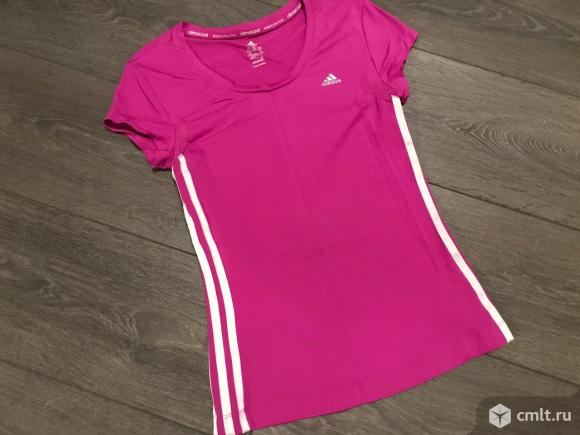Спортивная футболка Adidas размер S-M. Фото 1.