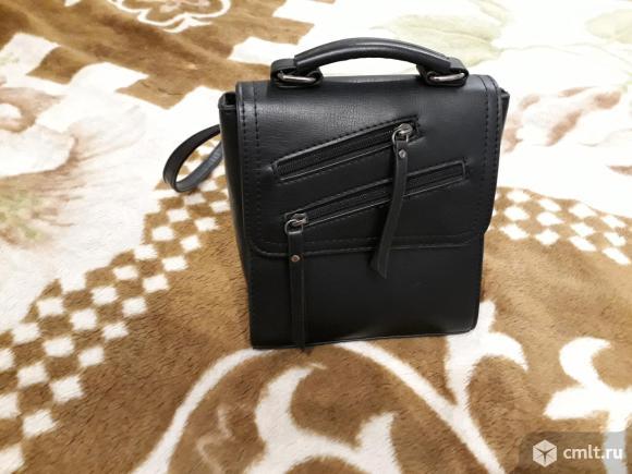 Небольшой черный рюкзак