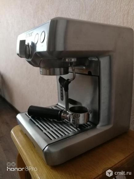 Кофемашина Bork модель С-800