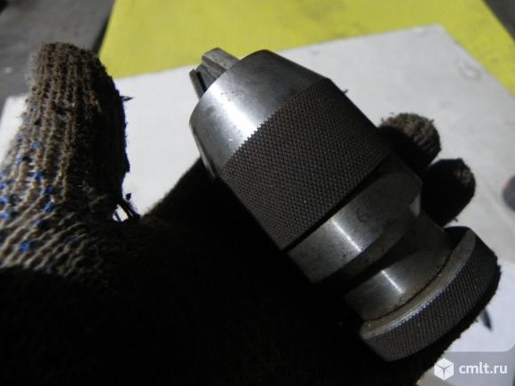 Зажимной патрон для станка. Фото 1.