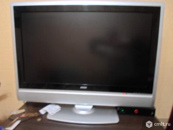 Телевизор ж/к BBK с цифровым блоком на 20 каналов