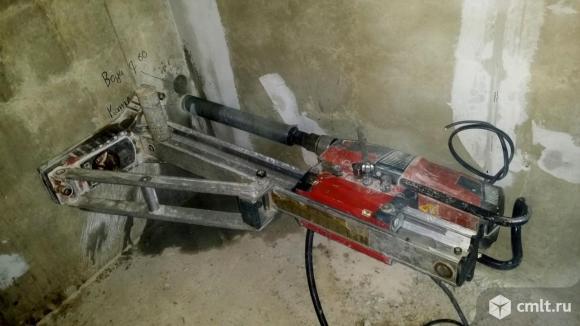 Пробивка проемов в стенах и перекрытиях. Алмазное сверление. Фото 1.