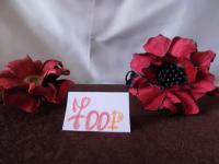 Красный цветок слева - заколка. Ободок с использованием шунгита.