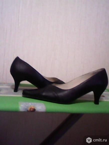 Новые кожаные женские туфли. Фото 4.