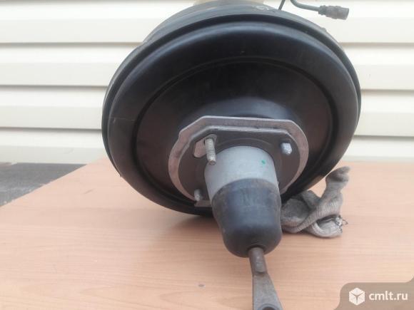 Вакуумный усилитель тормозов БМВ 520 Е39 1998 г. Фото 3.