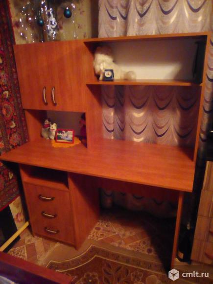 Компьютерный стол.. Фото 2.