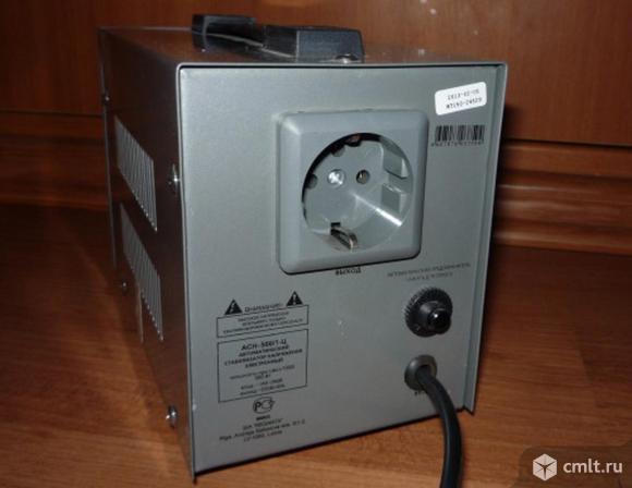Стабилизатор напряжения FSP Power AVR 600