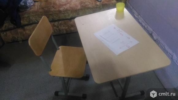 Ростущая парта со стулом.. Фото 1.